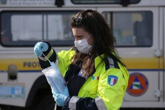 Emilia Romagna: dal 14 novembre nuove misure anti-assembramento