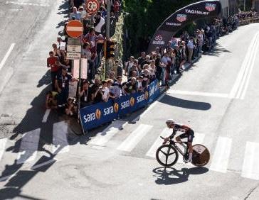Transito del Giro d'Italia, a Bologna e Imola modifiche alla viabilità