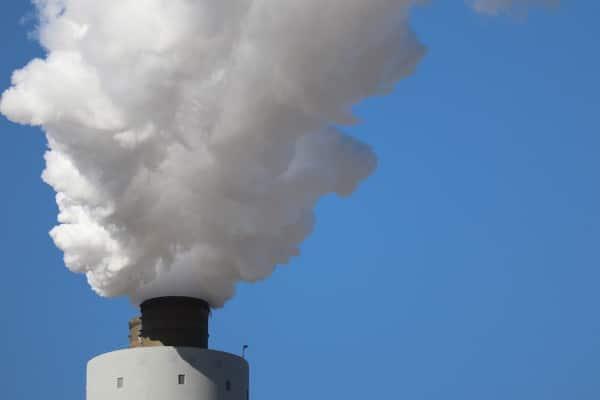 Emissione in atmosfera di sostanze pericolose, entro il 28 agosto l'invio della relazione